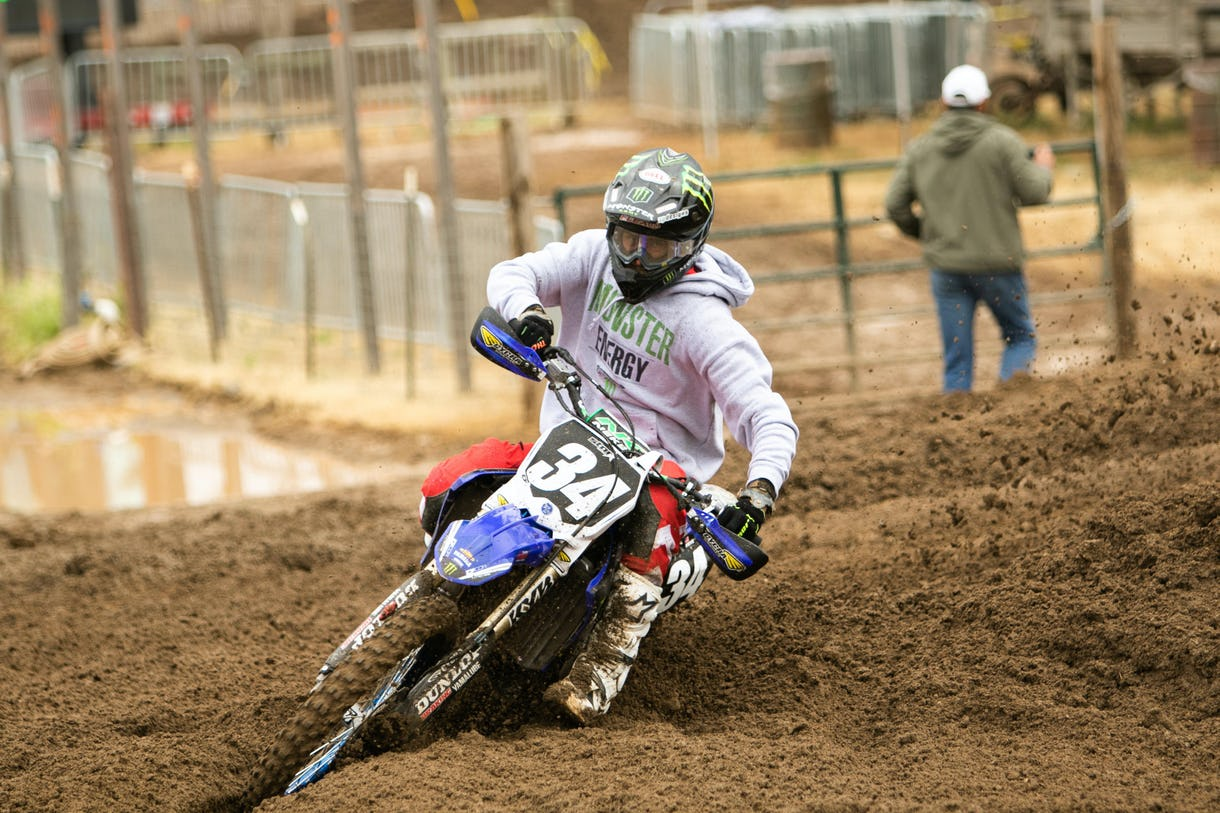 Jarett Frye swept the Collegeboy class, turning in a 1-1 performance on his Star Racing Yamaha.